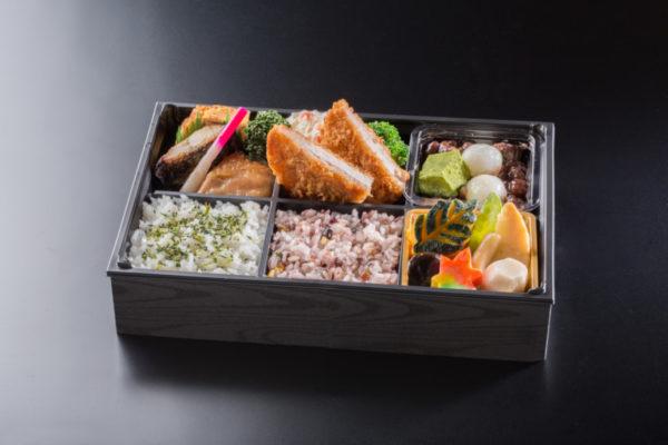 旬彩弁当(和デザート付き)